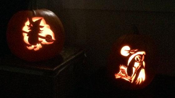 Two jack o' lanterns