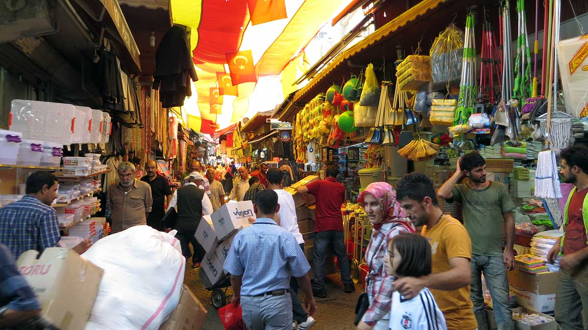 The bustling real-world marketplace outside the Egyptian Spice Market