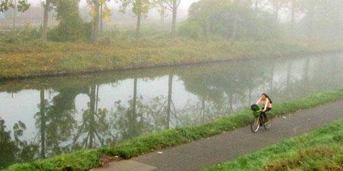 A foggy morning outside Paris