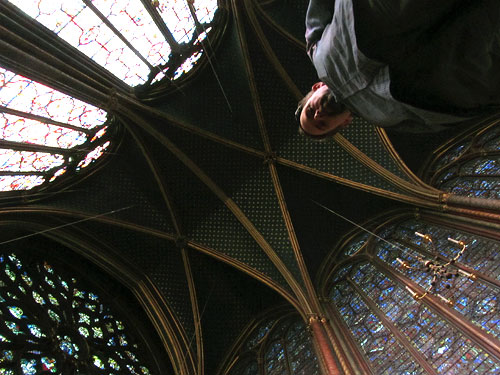 The ceiling and windows in the upper chapel of Sainte-Chapelle